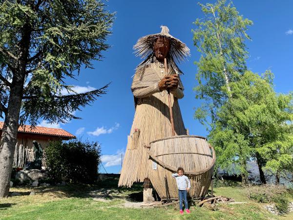 strega gigante di bambù