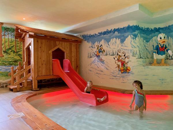 piscina per bimbi